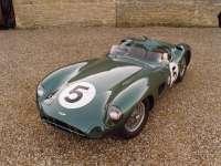 Aston_martin02.jpg