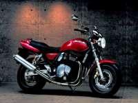 Suzuki_gsx750.jpg